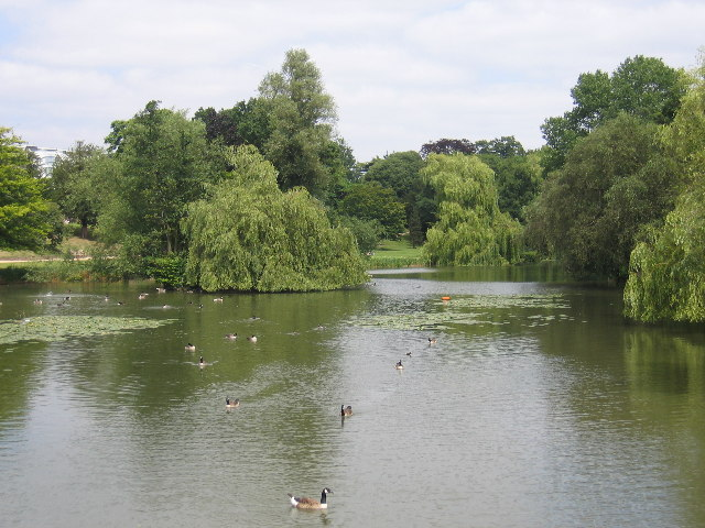 River_Leam_and_the_Jephson_Gardens_Royal_Leamington_Spa_-_geograph.org_.uk_-_27895